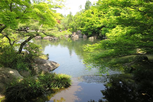 himeji pond