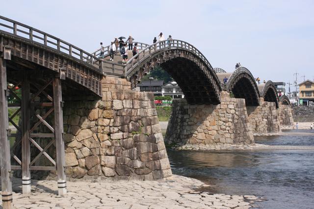 Iwakuni bridgee