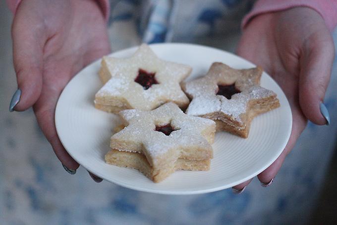 Christmassy Jam Cookies